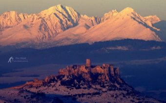 Spišský hrad a Vysoké Tatry :) autor fotografie: Peter Olekšák